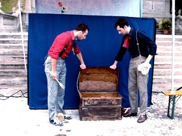 """Sicheduncje"" spetacul di teatri par furlan. Cun musiche, poesie e pipinots - Teatro Positivo"