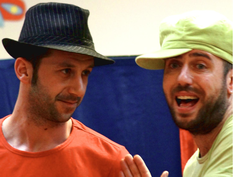 Gianluca Valoppi e Michele Zamparini usano la forza evocativa delle parole per raccontare le storie di Gianni Rodari